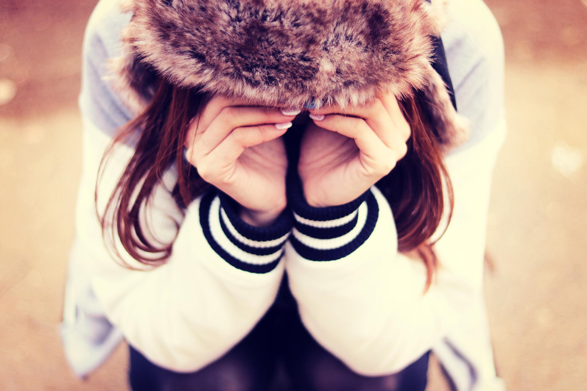 「うまく笑えない・・・」ストレスから解放され前向きになる方法○つ